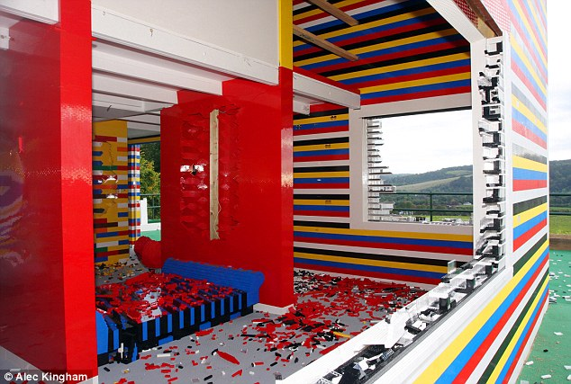 12 unusual homes from around the world home highlight - Lego house interior ...