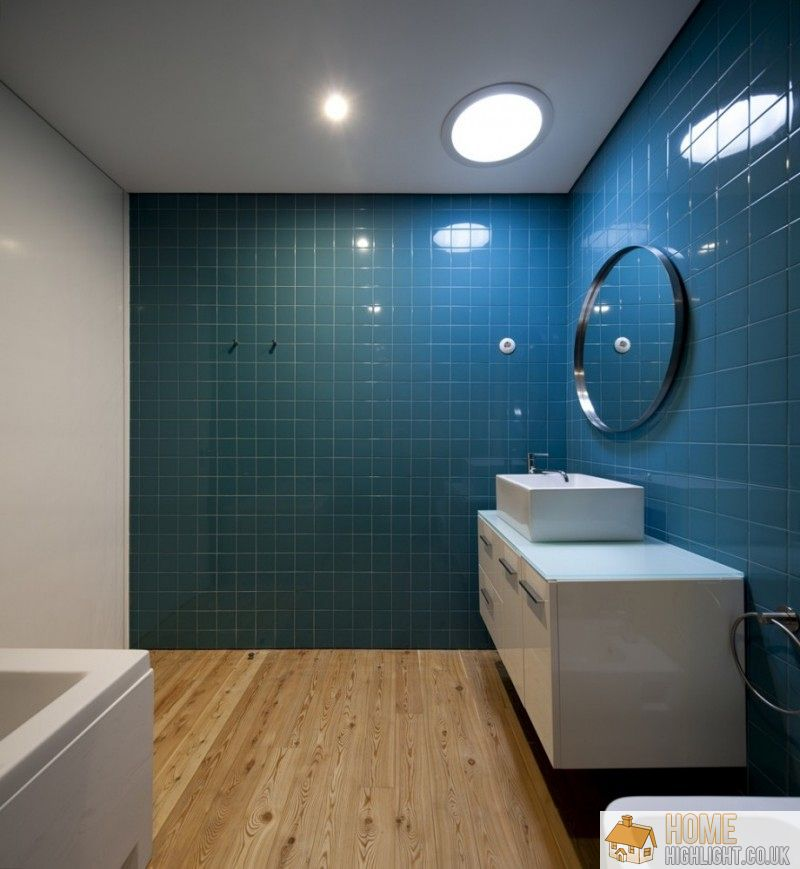Modern blue bathroom designs ideas home highlight for Modern bathroom wall tile designs